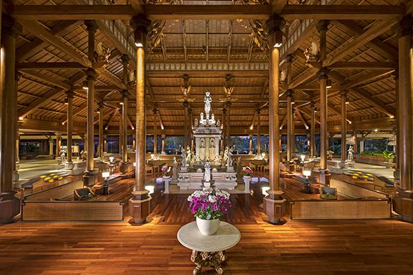 Ayodya Resort Bali Skulptur