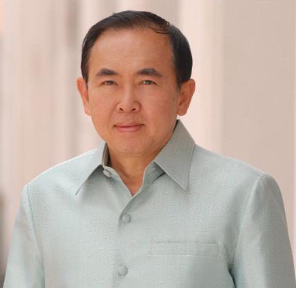 Vira Rojpojchanarat ist Kulturminister von Thailand