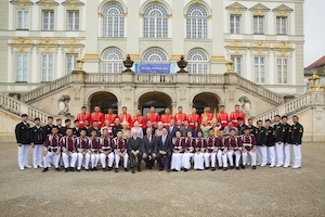 Siam Symphonic Band vor Schloss Nymphenburg