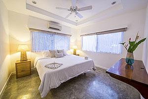 Salaya Zimmer